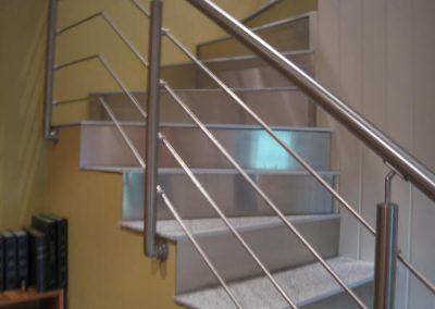Støpt trapp m bleslag i opptrinn